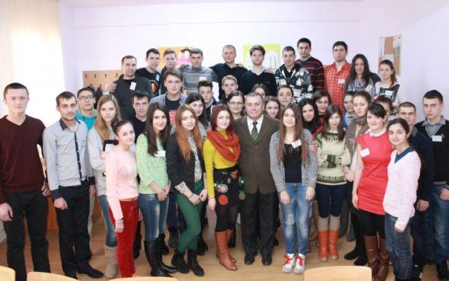 scoala de cultura si afirmare romaneasca actiunea 2012 centrul pentru cultura, istorie si educatie