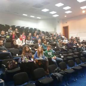 scoala de cultura si afirmare romaneasca de la onesti 80 de participanti februarie 2014 actiunea 2012 centrul pentru cultura istorie si educatie asociatia pro basarabia si bucovina
